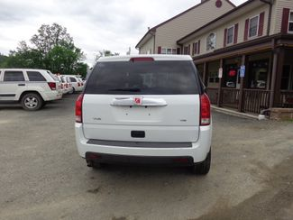 2006 Saturn VUE Hoosick Falls, New York 3