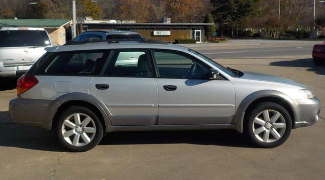 2006 Subaru Outback 2.5i Fayetteville , Arkansas 3