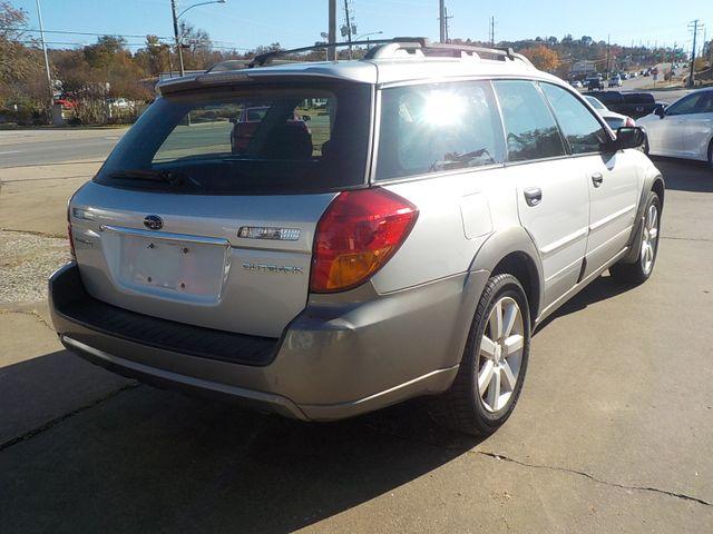 2006 Subaru Outback 2.5i Fayetteville , Arkansas 4