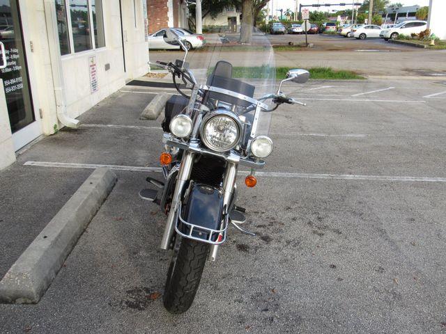 2006 Suzuki C50 Boulevard in Dania Beach , Florida 33004