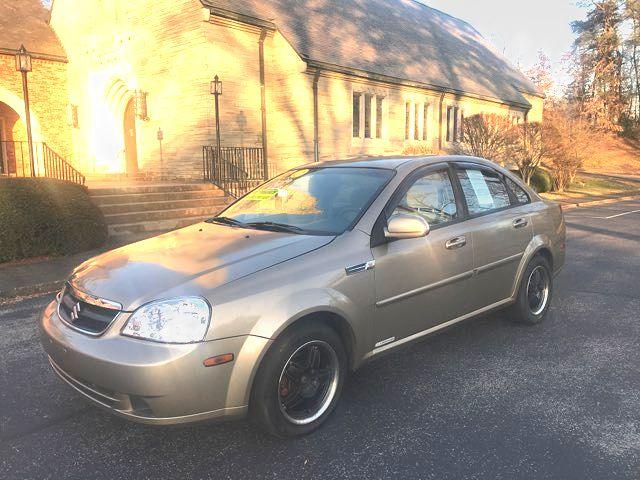 2006 Suzuki Forenza in Knoxville, Tennessee 37920