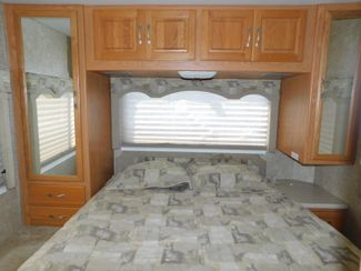 2006 Thor Chateau 31P  city Florida  RV World of Hudson Inc  in Hudson, Florida