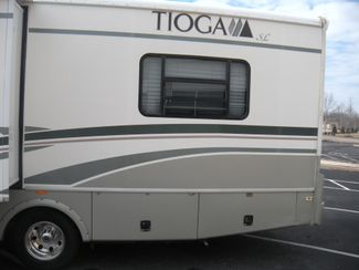 2006 Tioga M-31W-FORD FLEETWOOD Chesterfield, Missouri 11