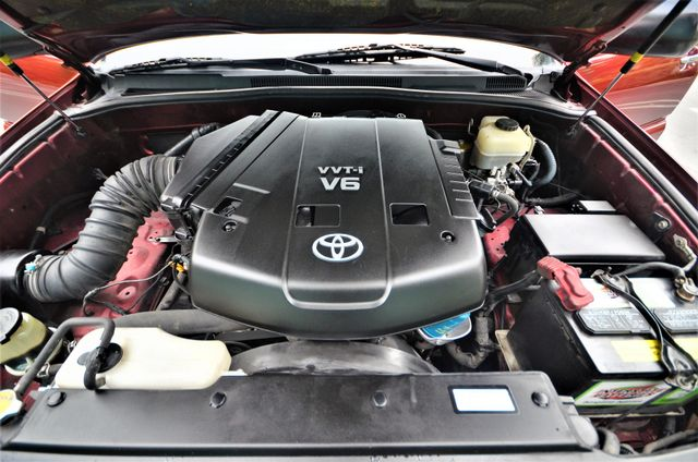 2006 Toyota 4Runner SR5 in Reseda, CA, CA 91335