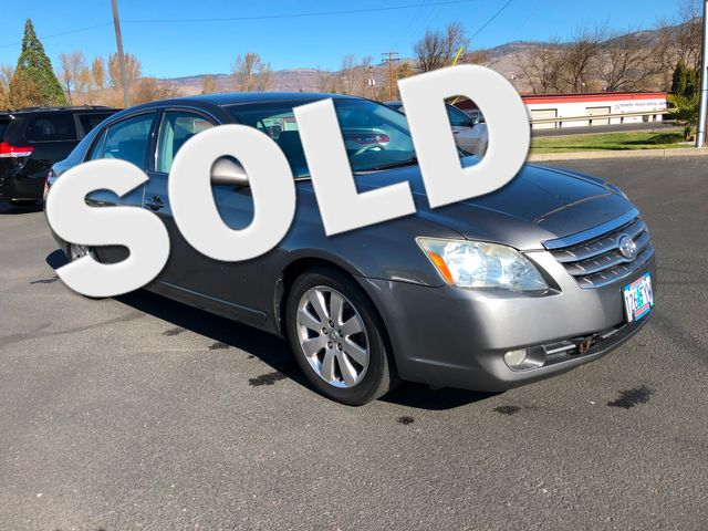 2006 Toyota Avalon XLS | Ashland, OR | Ashland Motor Company in Ashland OR