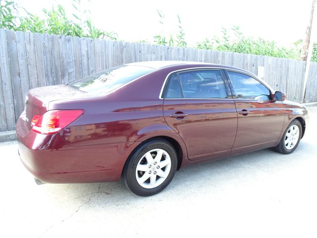 2006 Toyota Avalon XL Corpus Christi, Texas 3