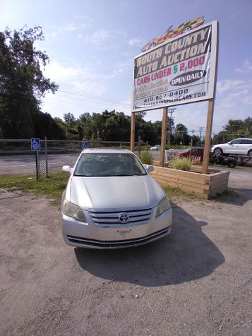 2006 Toyota Avalon XL in Harwood, MD
