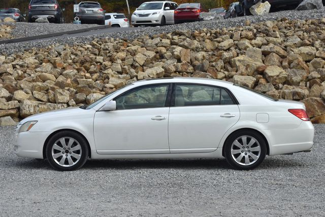 2006 Toyota Avalon XLS Naugatuck, Connecticut 1