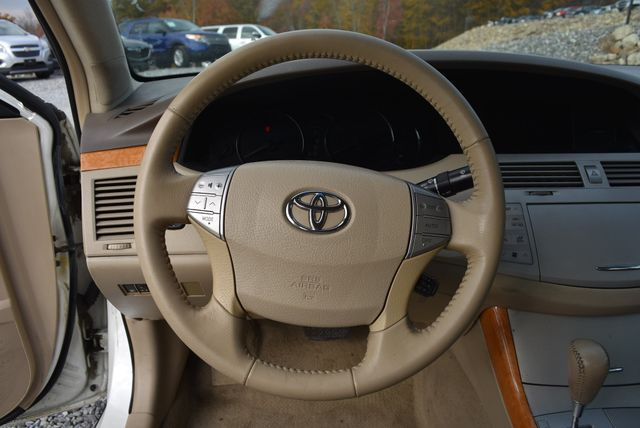 2006 Toyota Avalon XLS Naugatuck, Connecticut 17