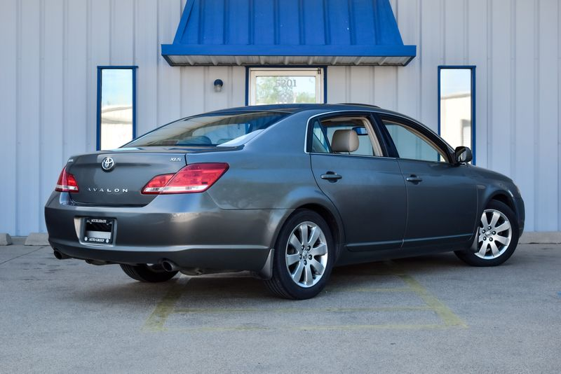 2006 Toyota Avalon XLS in Rowlett, Texas