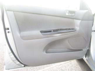 2006 Toyota Camry LE Batesville, Mississippi 18