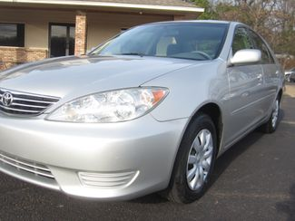 2006 Toyota Camry LE Batesville, Mississippi 9