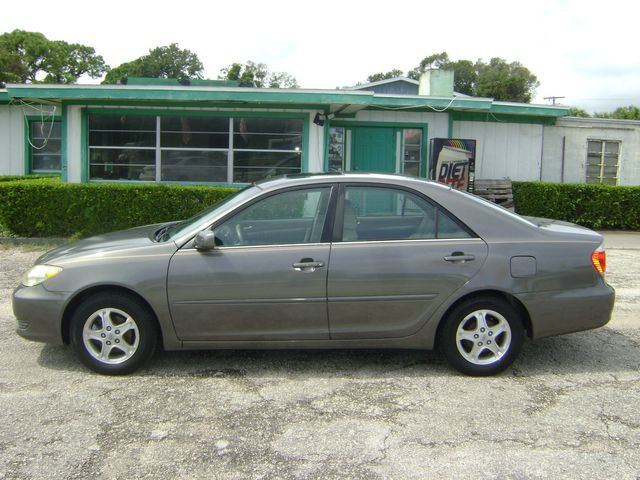 2006 Toyota Camry LE in Fort Pierce, FL 34982
