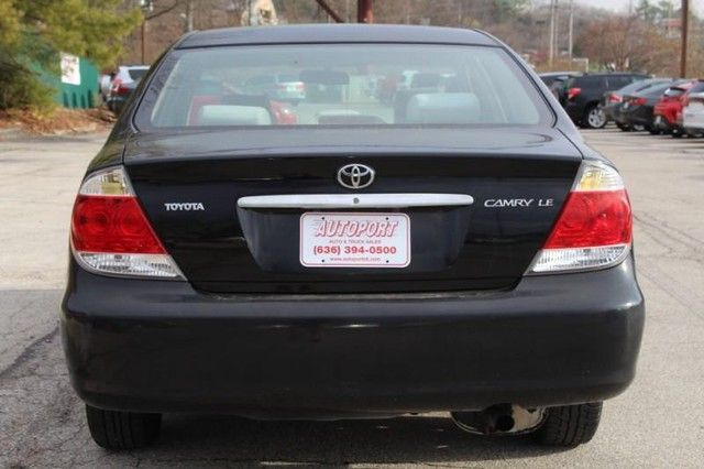 2006 Toyota Camry LE St. Louis, Missouri 6