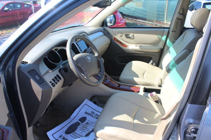 2006 Toyota Highlander Hybrid LTD  city MD  South County Public Auto Auction  in Harwood, MD