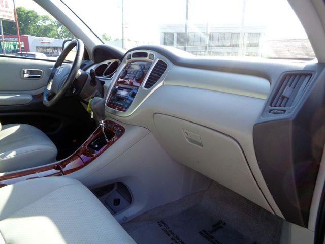 2006 Toyota Highlander Hybrid LTD in Nashville, Tennessee 37211