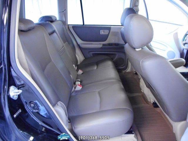 2006 Toyota Highlander w/3rd Row in Memphis, Tennessee 38115