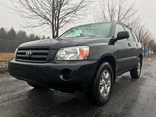 2006 Toyota Highlander w/3rd Row Ravenna, Ohio