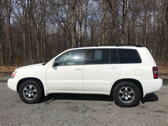 2006 Toyota Highlander w/3rd Row Ravenna, Ohio 1