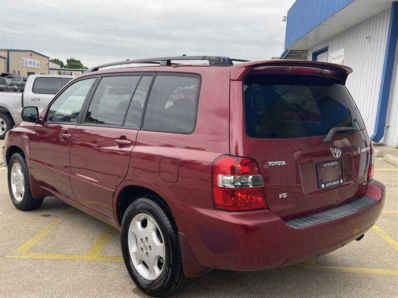 2006 Toyota Highlander 3.3L V6 POWER WINDOWS/SEATS Limited w/3rd Row in Rowlett, Texas