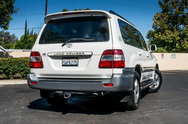 2006 Toyota Land Cruiser in Reseda, CA, CA 91335