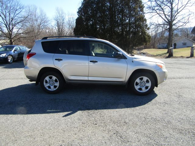 2006 Toyota RAV4 Base in New Windsor, New York 12553
