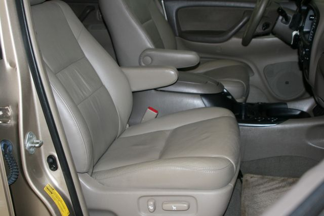 2006 Toyota Sequoia SR5 Houston, Texas 19