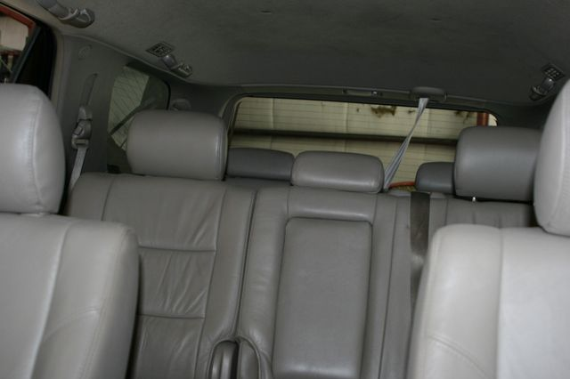2006 Toyota Sequoia SR5 Houston, Texas 26