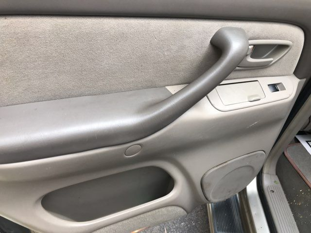 2006 Toyota Sequoia SR5 Knoxville, Tennessee 15