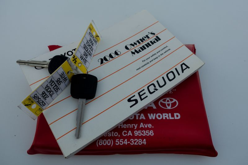 2006 Toyota Sequoia SR5   Texas  EURO 2 MOTORS  in , Texas