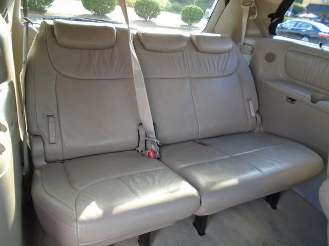 2006 Toyota Sienna XLE Limited in Atlanta, GA 30004