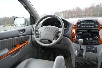 2006 Toyota Sienna XLE Naugatuck, Connecticut 15