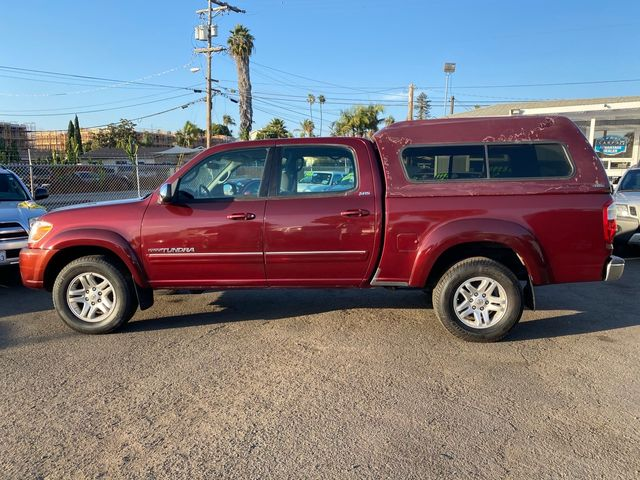 2006 Toyota Tundra SR5 4 DOOR FULL SIZE CREW CAB W/ SnugTop 1 OWNER, CLEAN TITLE, NO ACCIDENTS W/ 96,600 MILES