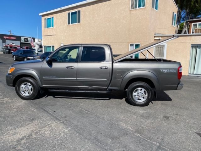 2006 Toyota Tundra TRD OFF ROAD CREW CAB W/ Locking SNUG TOP COVER, WESTIN RUNNING BOARDS