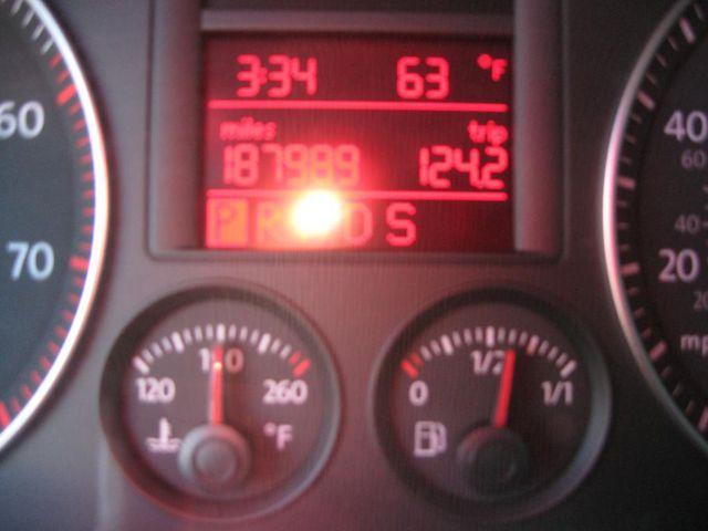 2006 Volkswagen Jetta 2.5L Richmond, Virginia 9