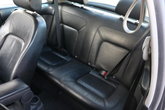2006 Volkswagen New Beetle Santa Clarita, CA 16