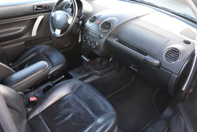 2006 Volkswagen New Beetle Santa Clarita, CA 13
