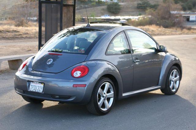 2006 Volkswagen New Beetle Santa Clarita, CA 6