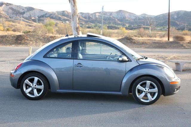 2006 Volkswagen New Beetle Santa Clarita, CA 11