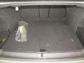 2006 Volkswagen Passat 2.0T Gardena, California 11