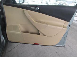 2006 Volkswagen Passat 2.0T Gardena, California 13