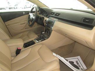 2006 Volkswagen Passat 2.0T Gardena, California 8
