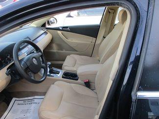 2006 Volkswagen PASSAT 2.0T VALUE EDITION Jamaica, New York 7