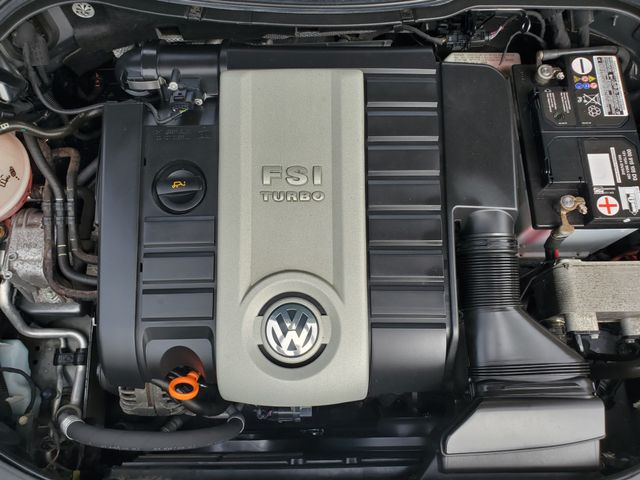 2006 Volkswagen Passat 2.0T in Sterling, VA 20166