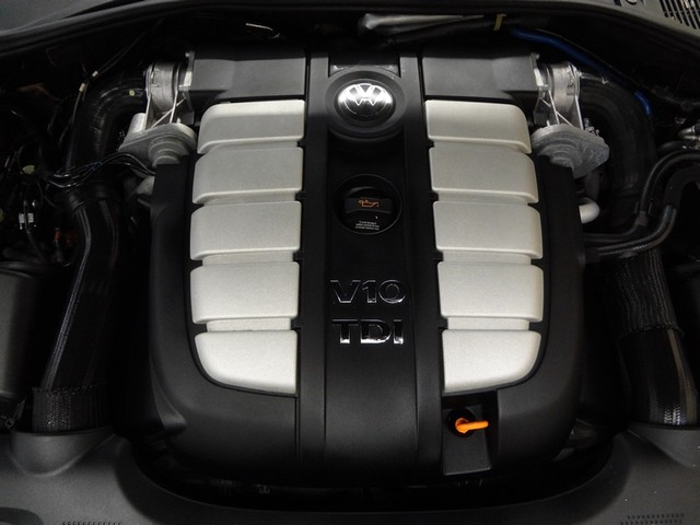 2006 Volkswagen Touareg 5.0L V10 Austin , Texas 29