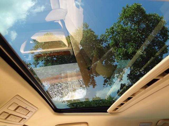 2006 Volkswagen Touareg 5.0L V10 Austin , Texas 25