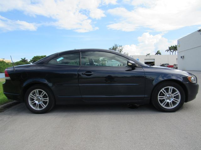 2006 Volvo C70 Bad credit, No credit No problem in Dania Beach , Florida 33004
