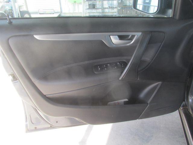 2006 Volvo S60 2.4L Turbo Gardena, California 9