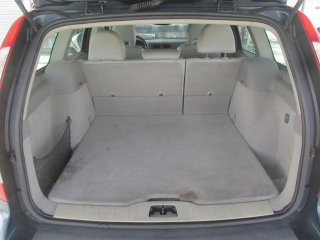 2006 Volvo V50 2.5L Turbo Gardena, California 11