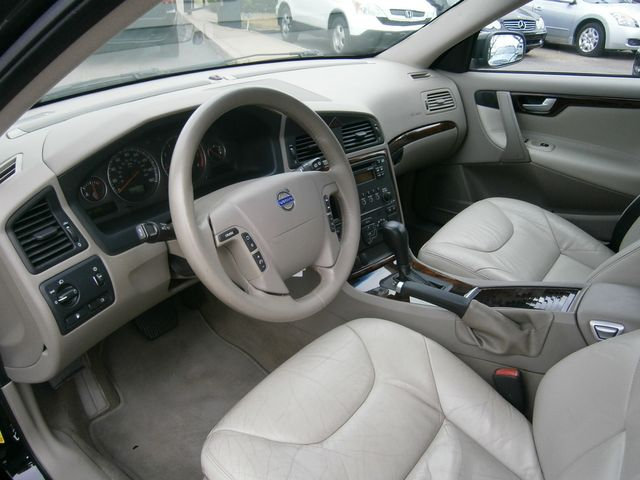 2006 Volvo V70 2.4L Memphis, Tennessee 12